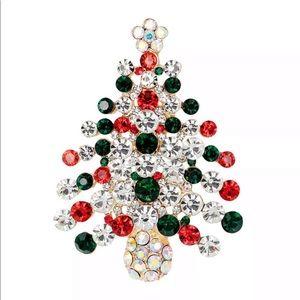 Jewelry - ✨🎄Christmas Tree Pin🎄✨